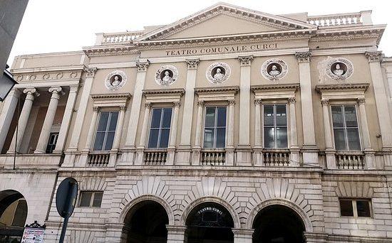 Mare Versus - Teatro Curci
